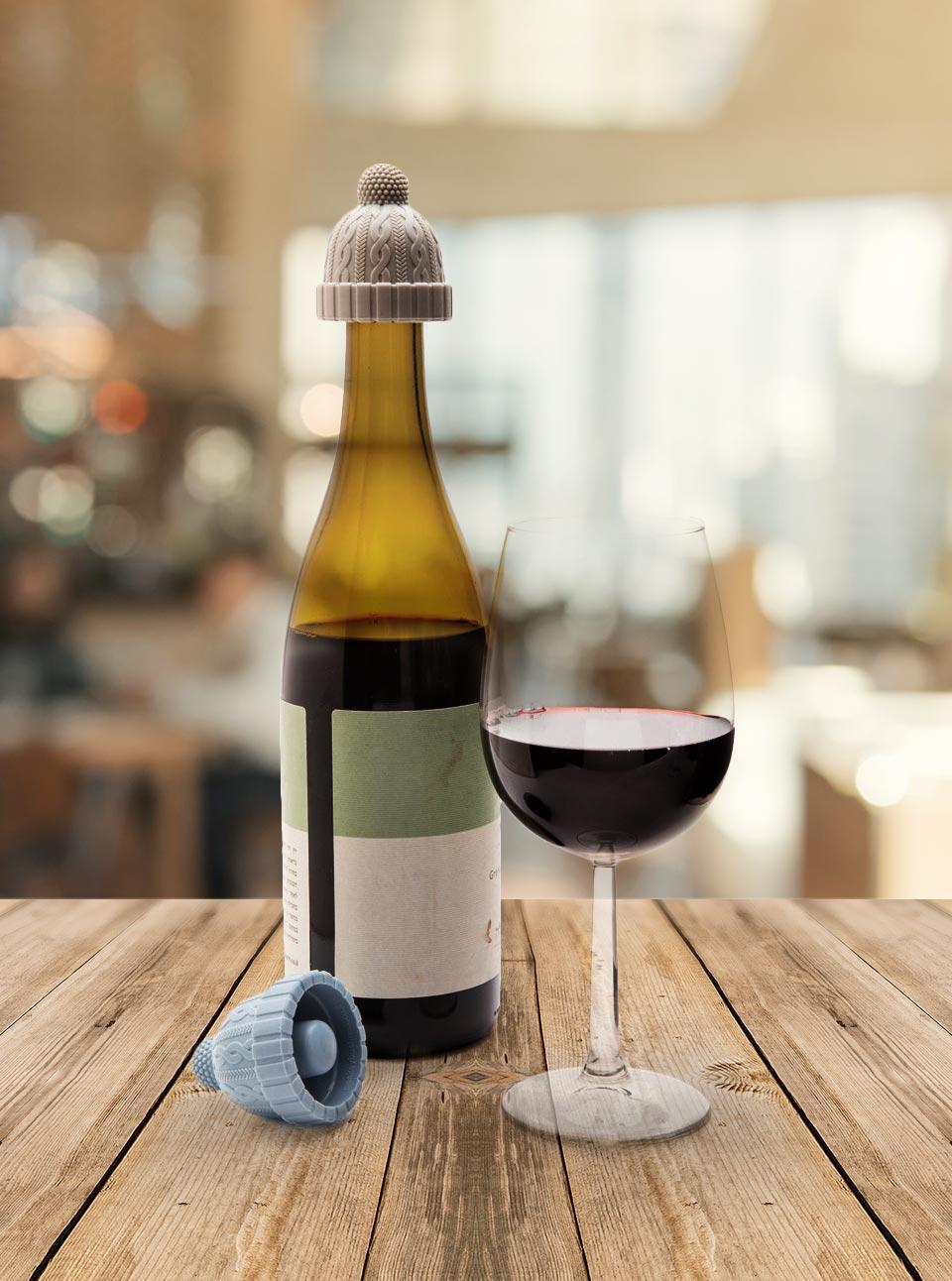 Botella de vino con tapón
