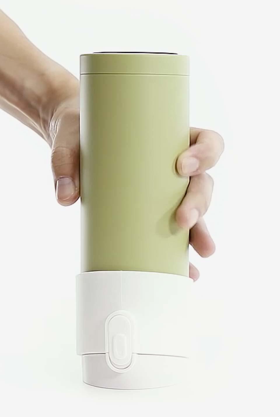 Infusionando té con el infusor Pào